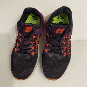 Nike Zoom Vomero 10 Running Shoes size 8